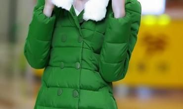 Các kiểu áo khoác nữ có mũ sành điệu